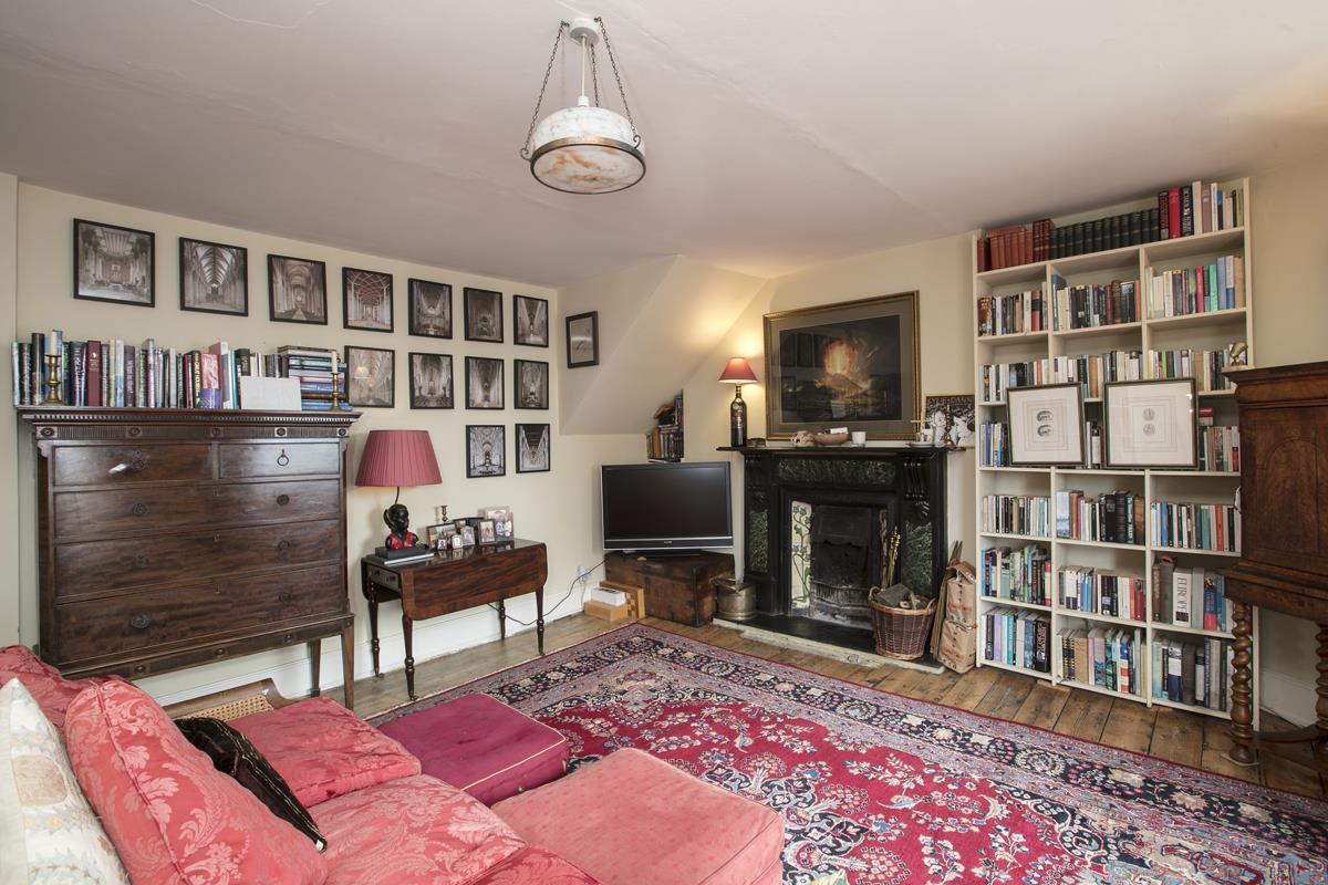 Flat/Apartment Sale Agreed in Deptford High Street, SE8 341 view10