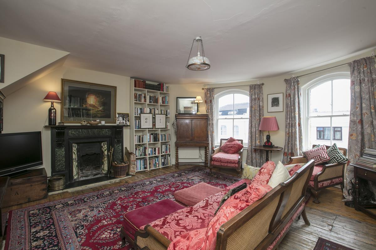 Flat/Apartment Sale Agreed in Deptford High Street, SE8 341 view7