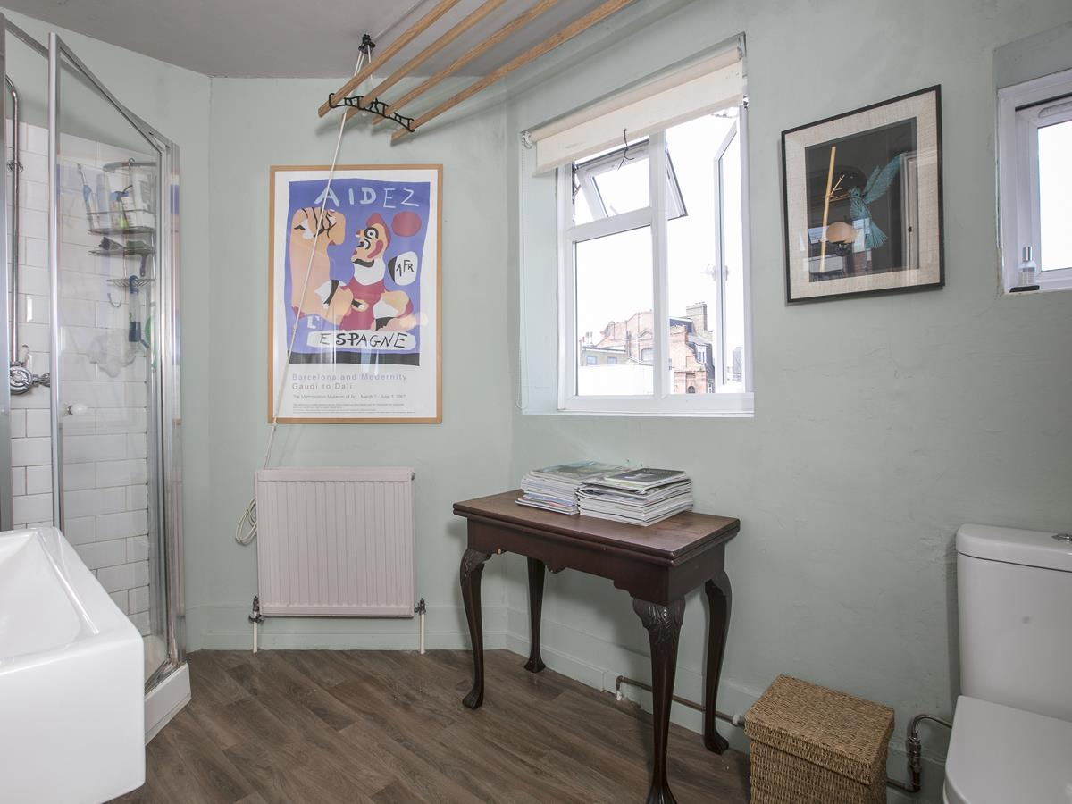 Flat/Apartment Sale Agreed in Deptford High Street, SE8 341 view24