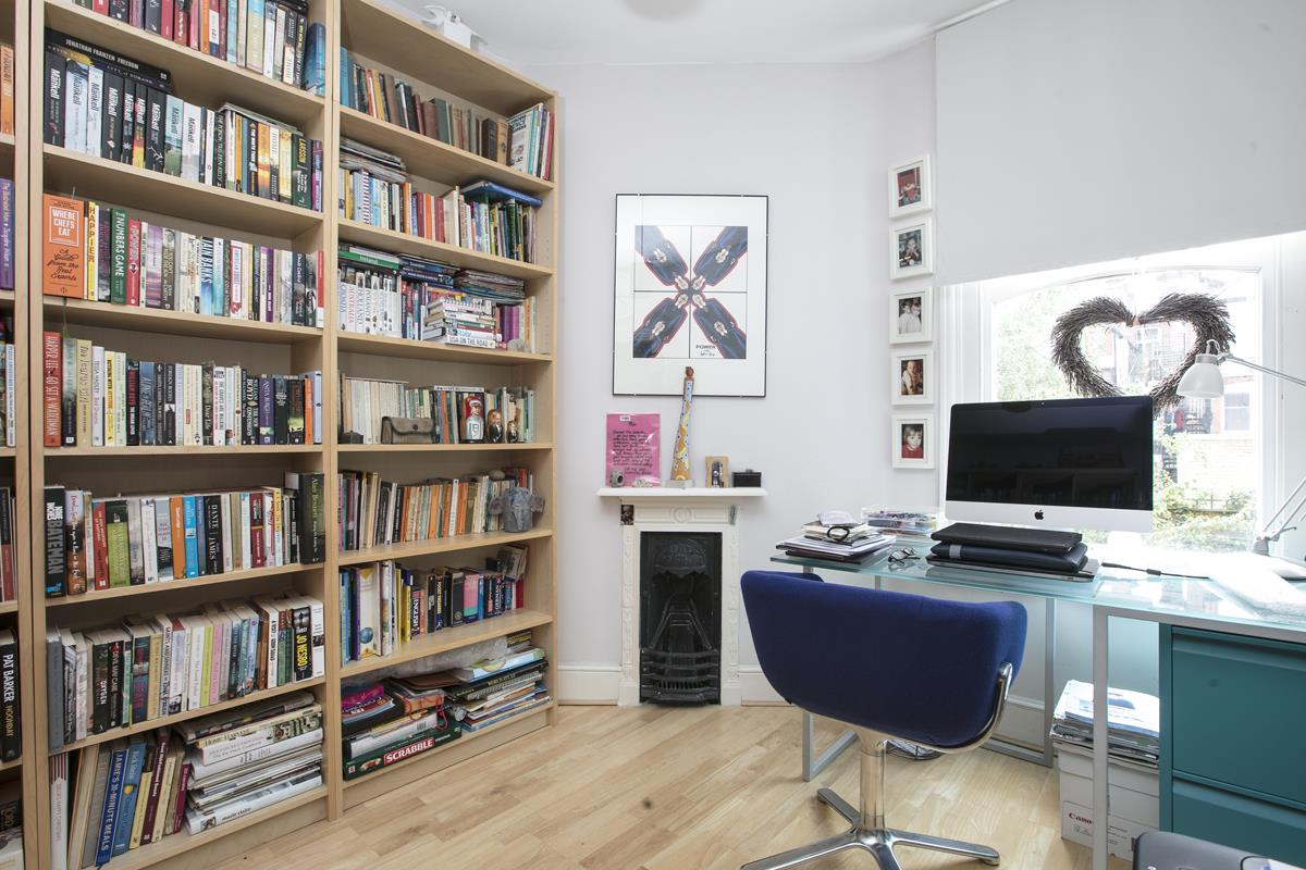 House - Semi-Detached For Sale in Earlsthorpe Road, SE26 367 view22
