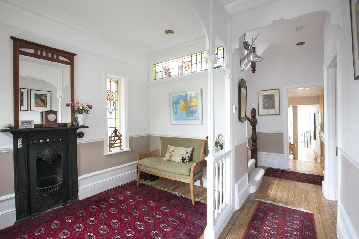 House - Semi-Detached For Sale in Earlsthorpe Road, SE26 367 view9