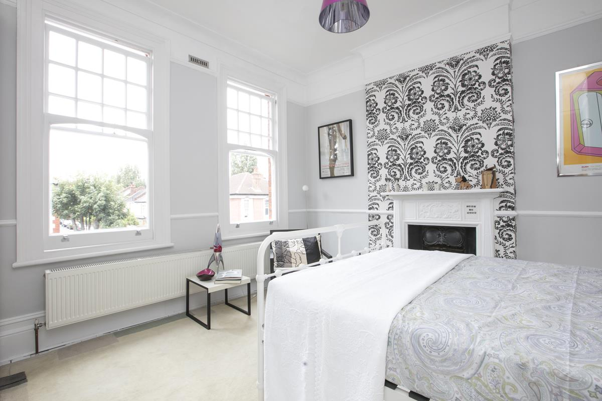 House - Semi-Detached For Sale in Earlsthorpe Road, SE26 367 view15