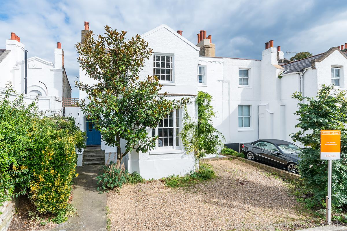 House - Semi-Detached Sold in Elm Grove, SE15 194 view1