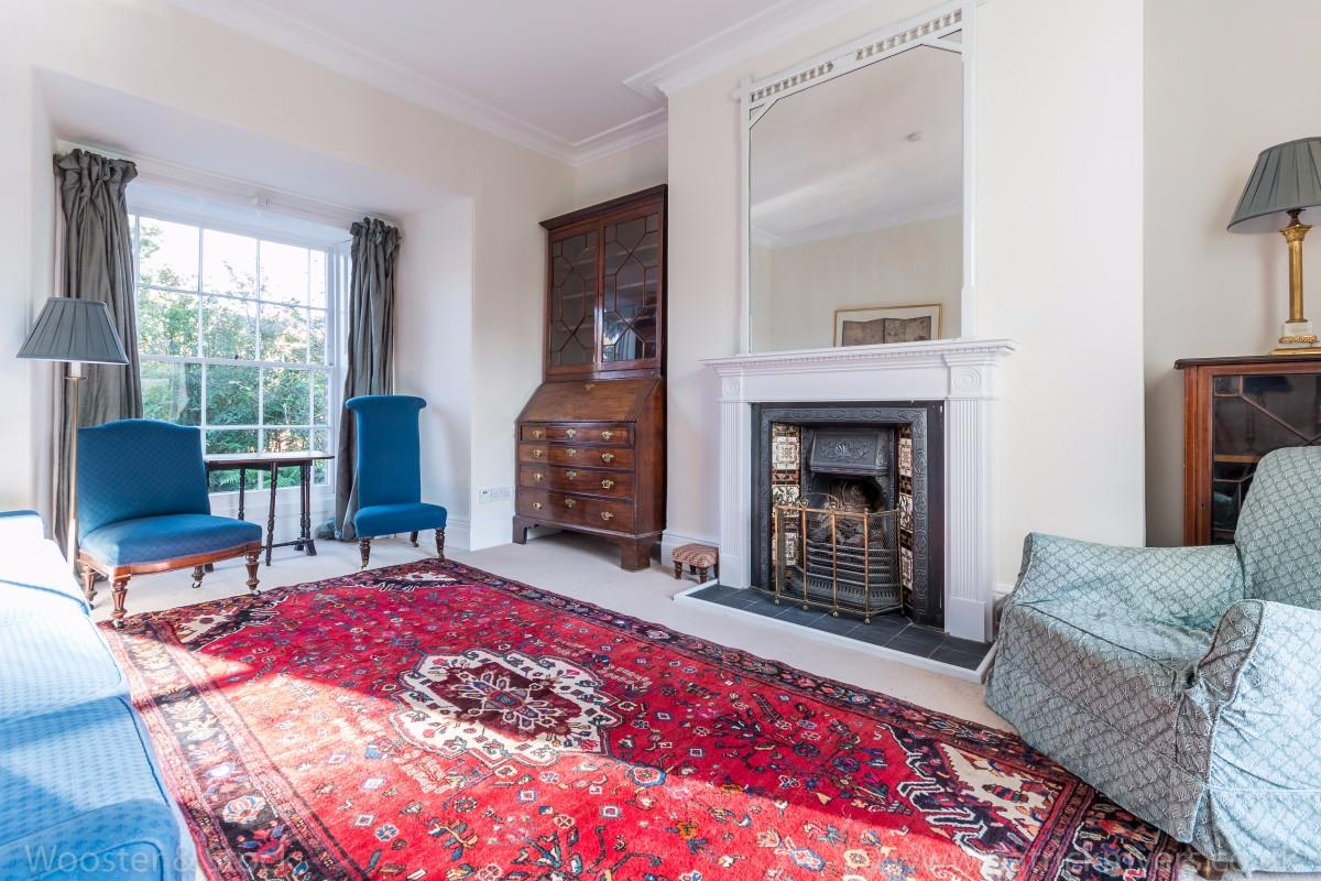 House - Semi-Detached Sold in Elm Grove, SE15 194 view5