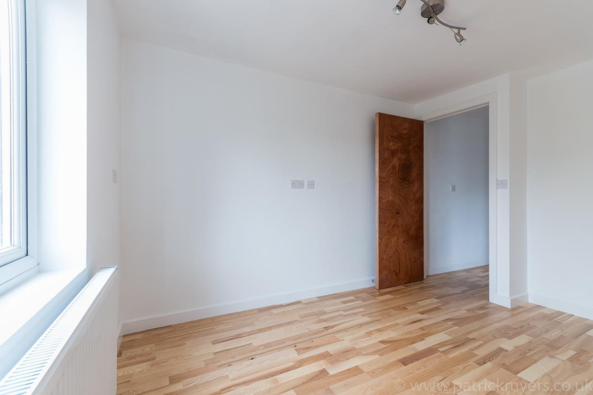 Flat - Conversion Sale Agreed in Gordon Road, London SE15 16 view10