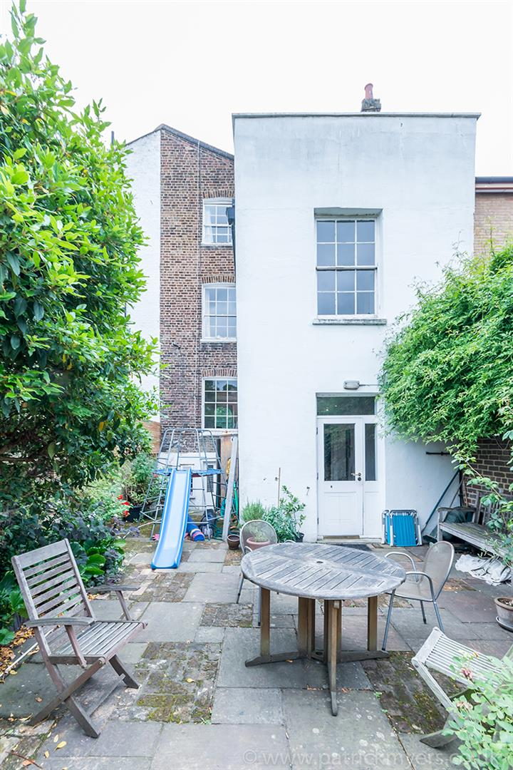 House - Terraced Sold in Grove Lane, SE5 121 view13
