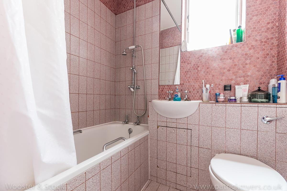 House - Terraced Sold in Grove Lane, SE5 121 view16