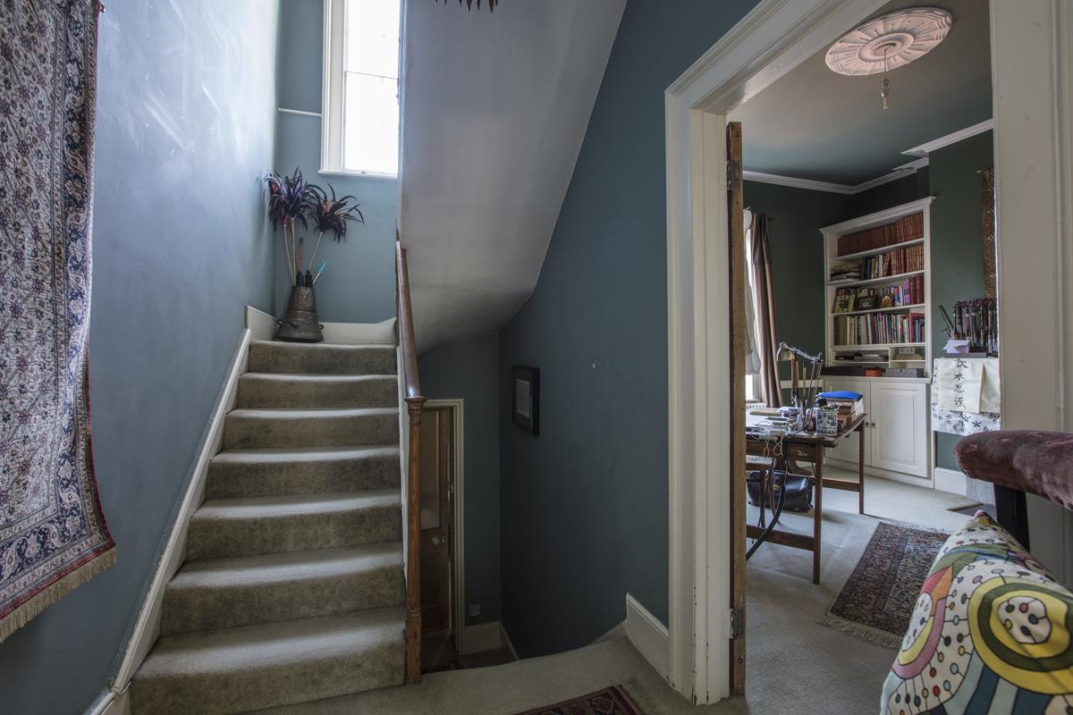 House - Terraced For Sale in Grove Lane, SE5 259 view12