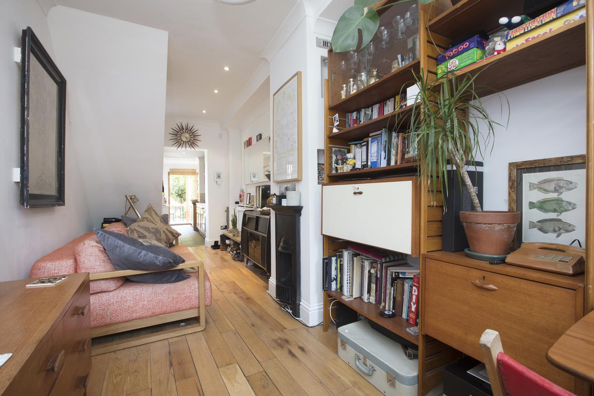 House - End Terrace Sale Agreed in Grove Lane, SE5 332 view8