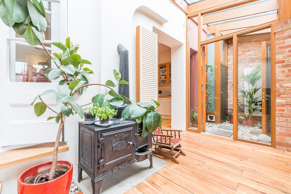 House - Semi-Detached Sale Agreed in Grove Park, SE5 268 view14