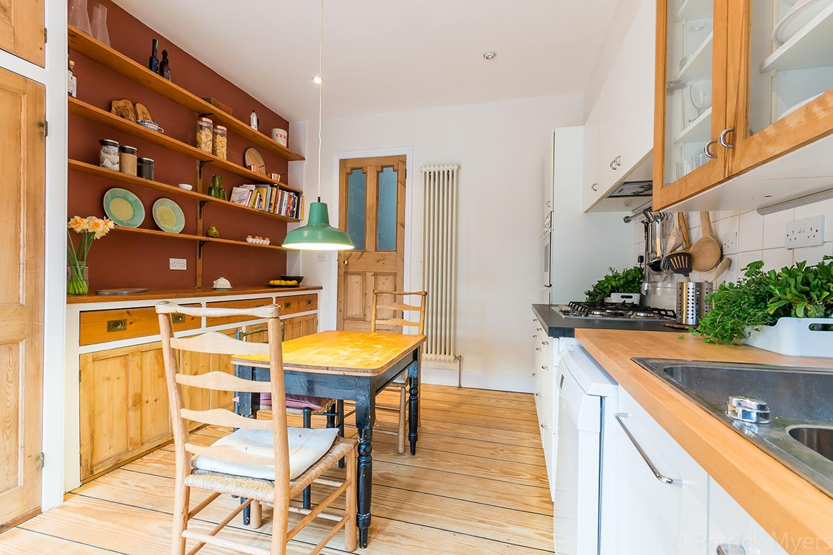 House - Semi-Detached Sale Agreed in Grove Park, SE5 268 view13