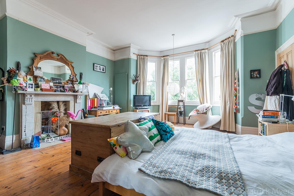 House - Semi-Detached Sale Agreed in Grove Park, SE5 268 view22