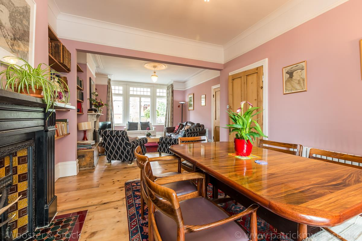 House - Semi-Detached Sale Agreed in Grove Park, SE5 333 view11