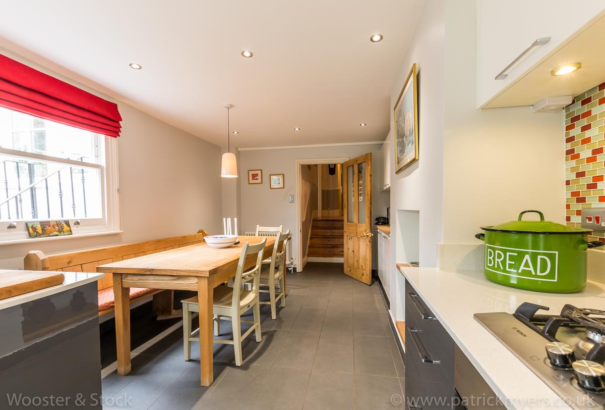 House - Semi-Detached Sale Agreed in Grove Park, SE5 333 view16