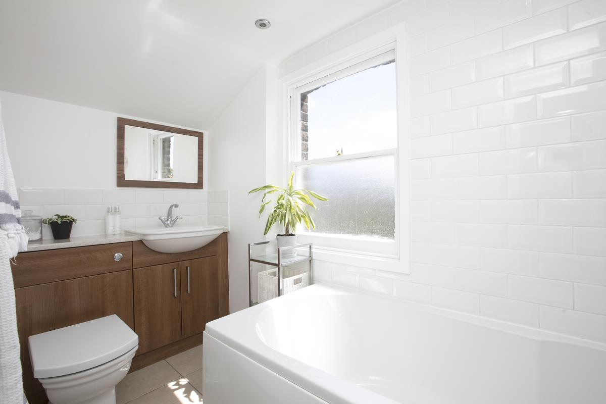 House - Semi-Detached For Sale in Halifax Street, SE26 350 view18