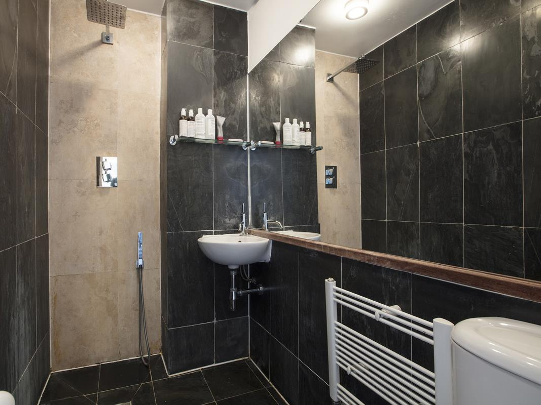 House - End Terrace For Sale in Halifax Street, SE26 369 view11