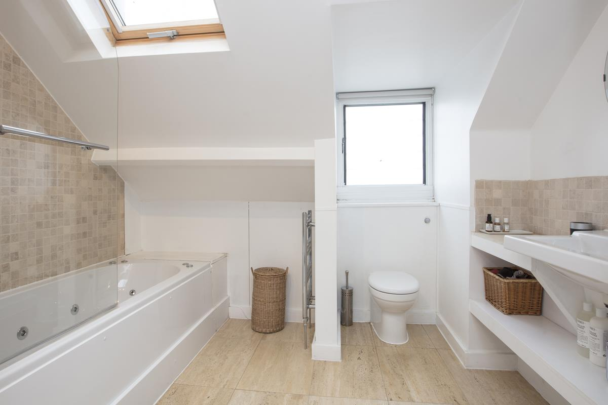 House - End Terrace For Sale in Halifax Street, SE26 369 view14