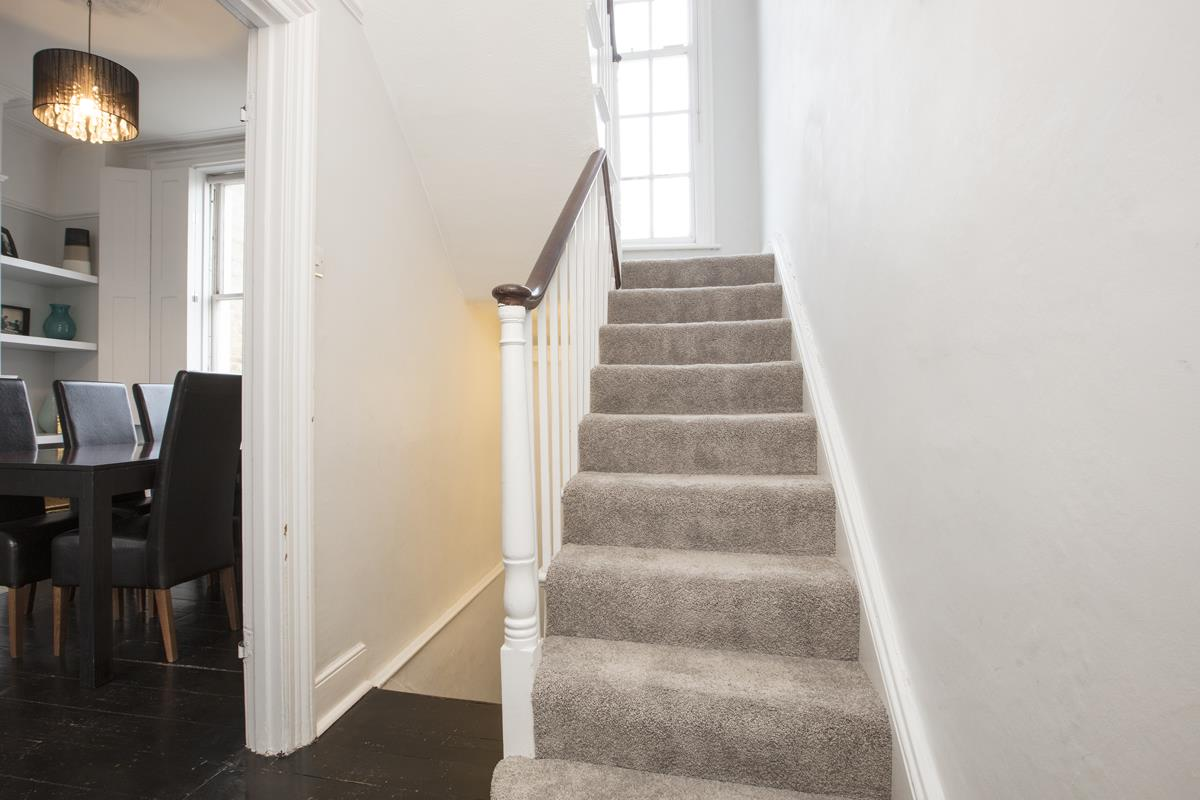 House - End Terrace For Sale in Halifax Street, SE26 369 view17
