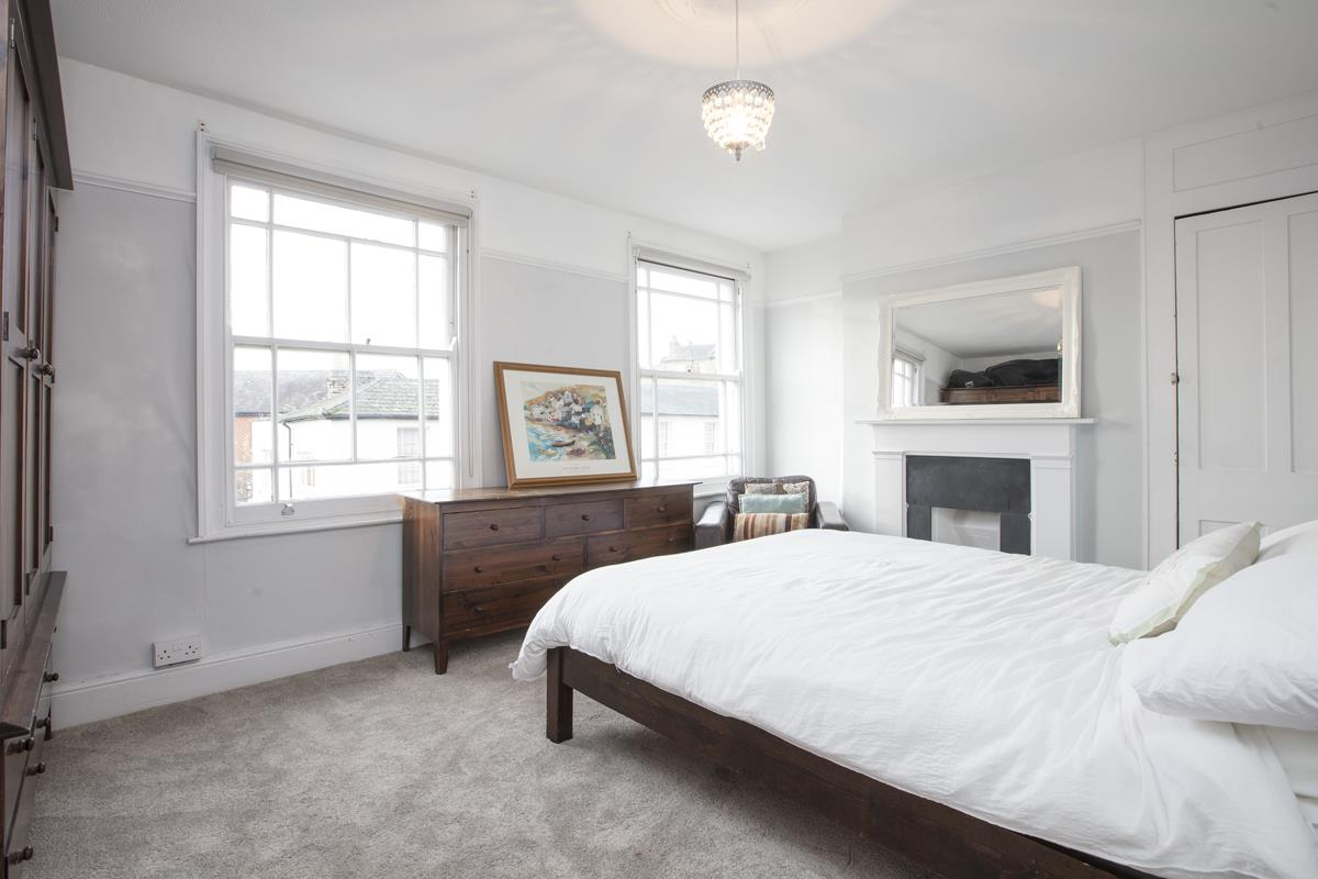 House - End Terrace For Sale in Halifax Street, SE26 369 view9