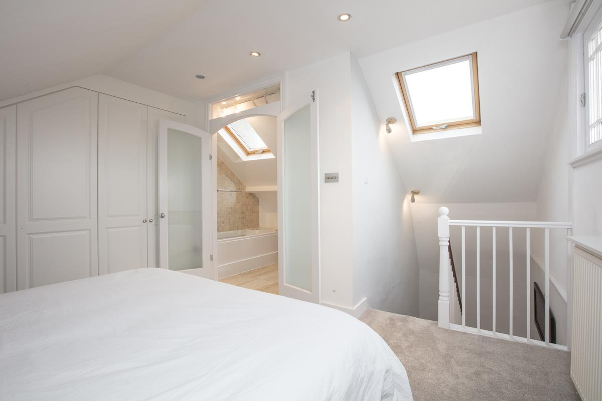 House - End Terrace For Sale in Halifax Street, SE26 369 view13