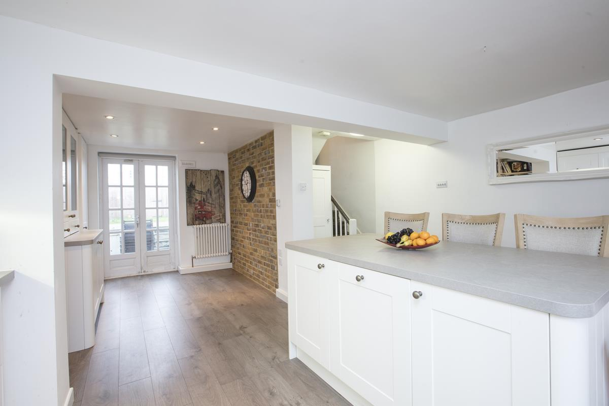 House - End Terrace For Sale in Halifax Street, SE26 369 view2