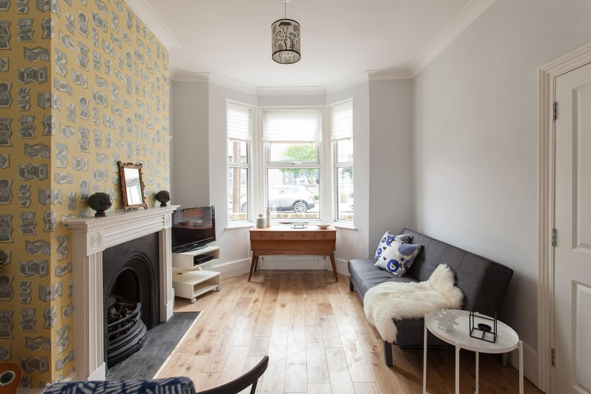 House - Terraced For Sale in Hollydale Road, SE15 340 view4