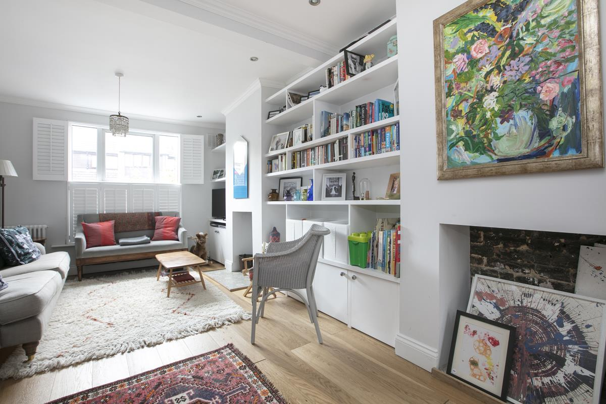 House - Terraced For Sale in Howbury Road, SE15 366 view9