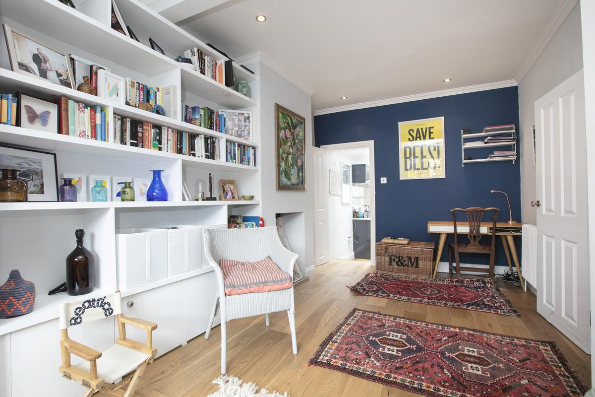 House - Terraced For Sale in Howbury Road, SE15 366 view10