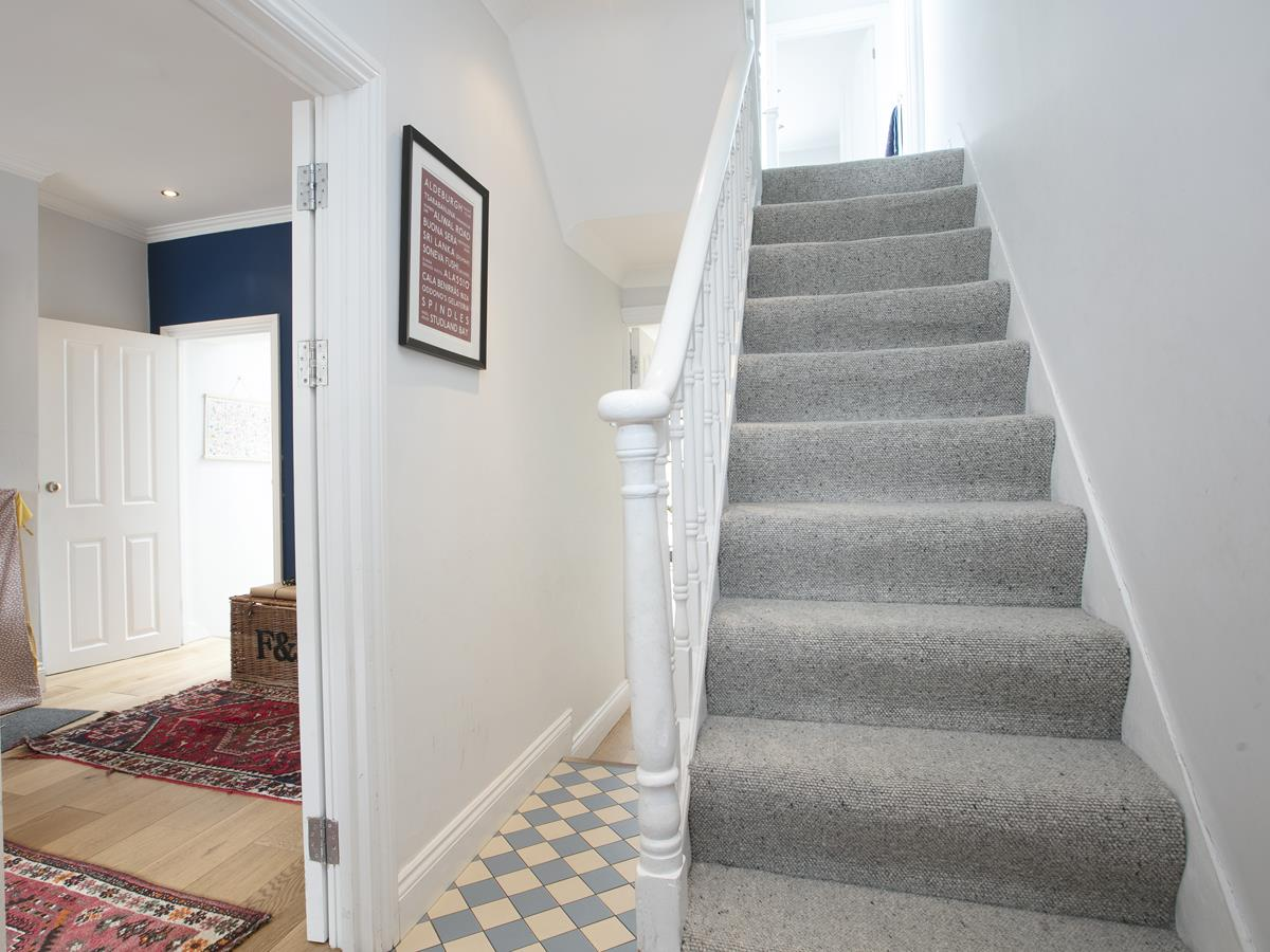 House - Terraced For Sale in Howbury Road, SE15 366 view11