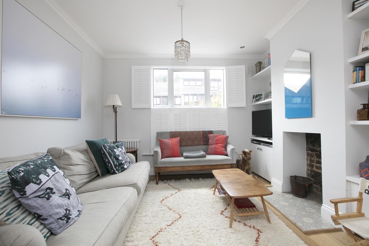 House - Terraced For Sale in Howbury Road, SE15 366 view4