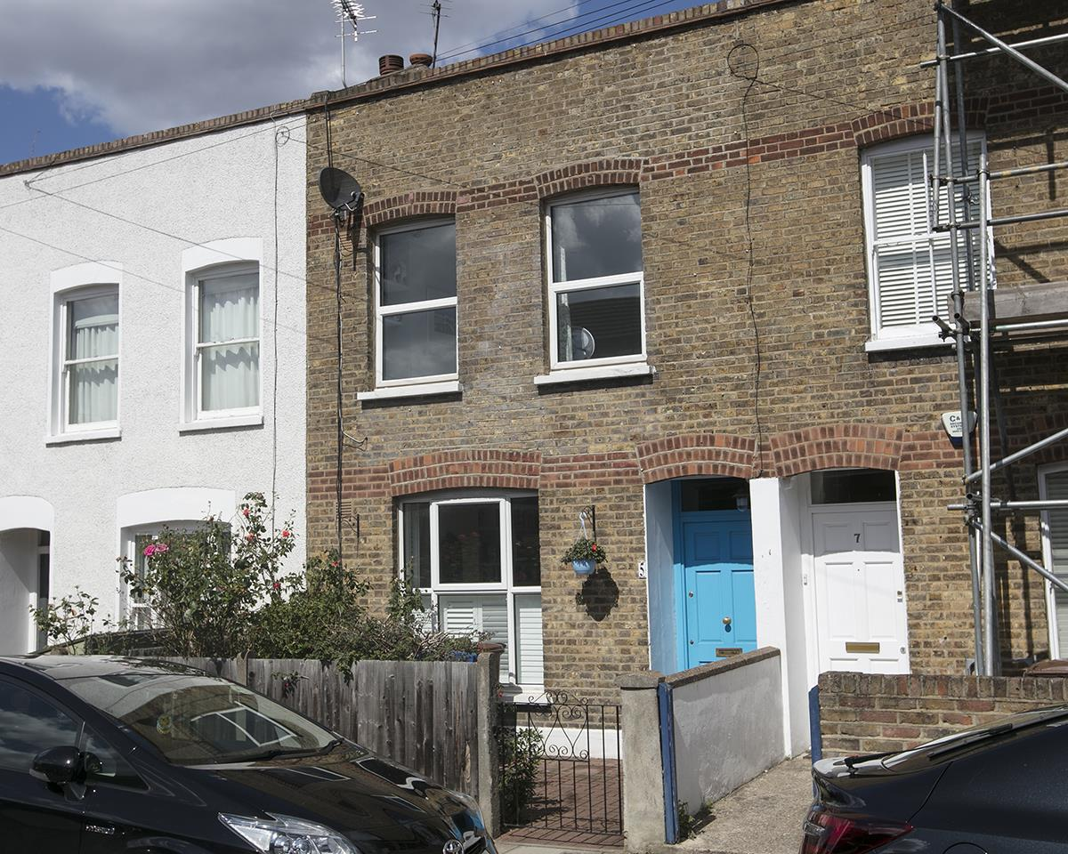 House - Terraced For Sale in Howbury Road, SE15 366 view3