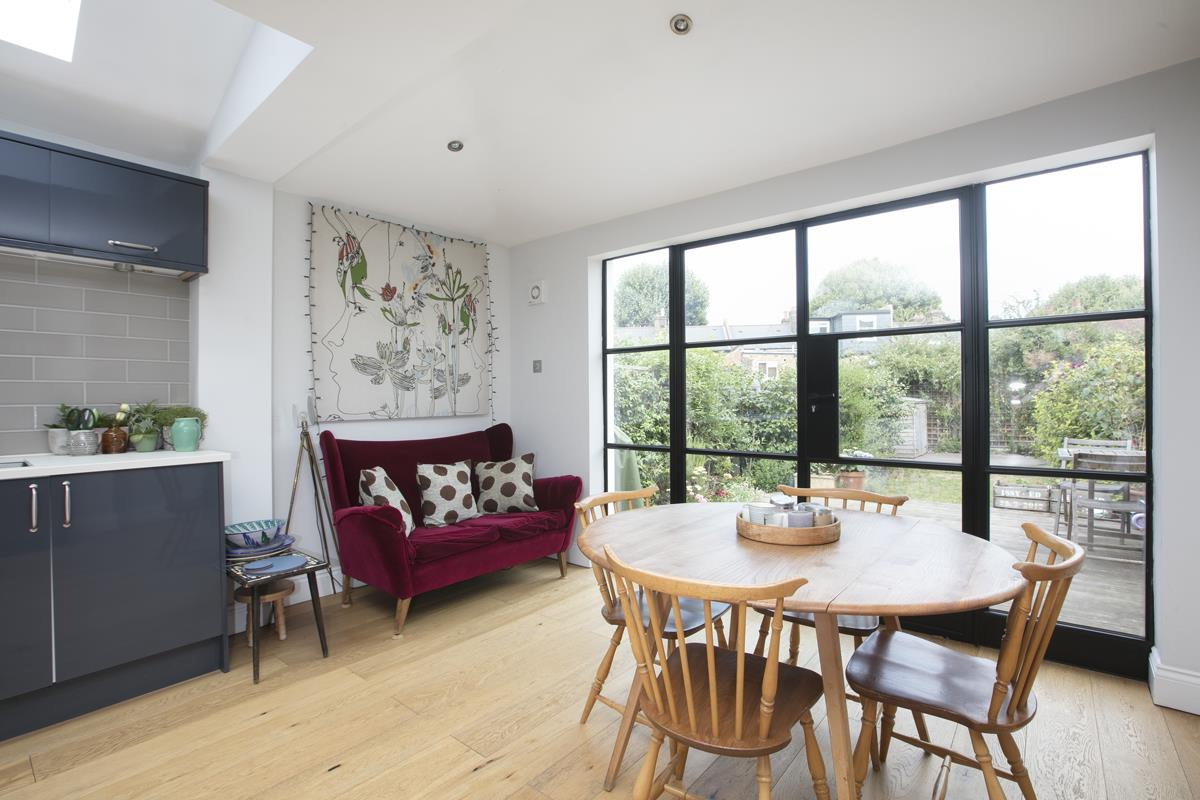 House - Terraced For Sale in Howbury Road, SE15 366 view5