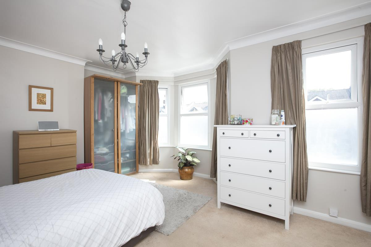 House - Terraced For Sale in Ivydale Road, SE15 365 view13