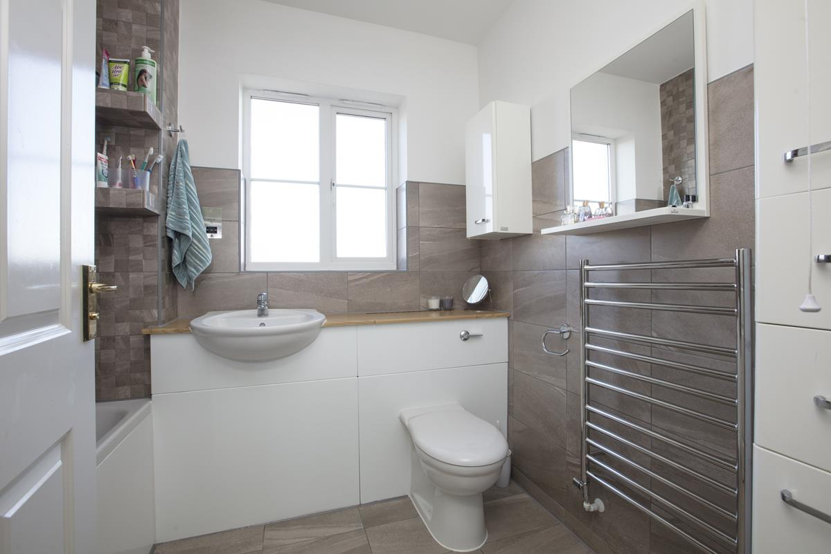 Flat - Purpose Built Sale Agreed in Lynbrook Grove, SE15 253 view7