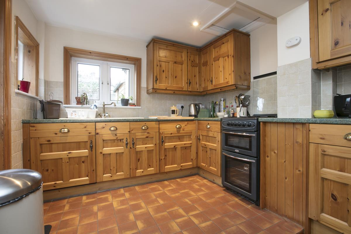 House - Terraced Sold in Machell Road, SE15 289 view5