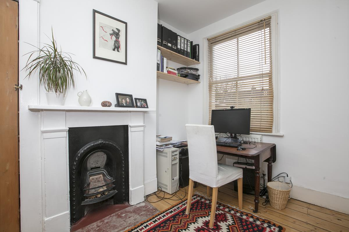 House - Terraced Sold in Machell Road, SE15 289 view8