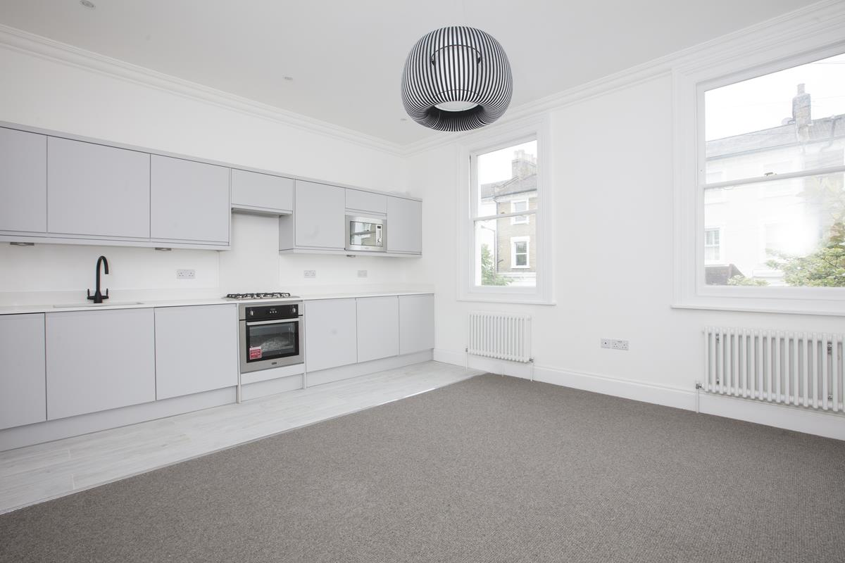 Flat - Conversion Sale Agreed in Maude Road, SE5 331 view2