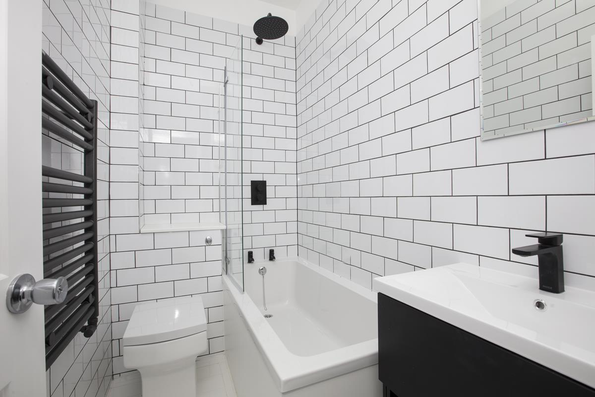 Flat - Conversion Sale Agreed in Maude Road, SE5 331 view4