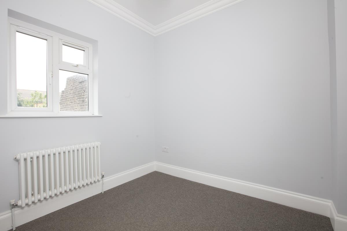 Flat - Conversion Sale Agreed in Maude Road, SE5 331 view6