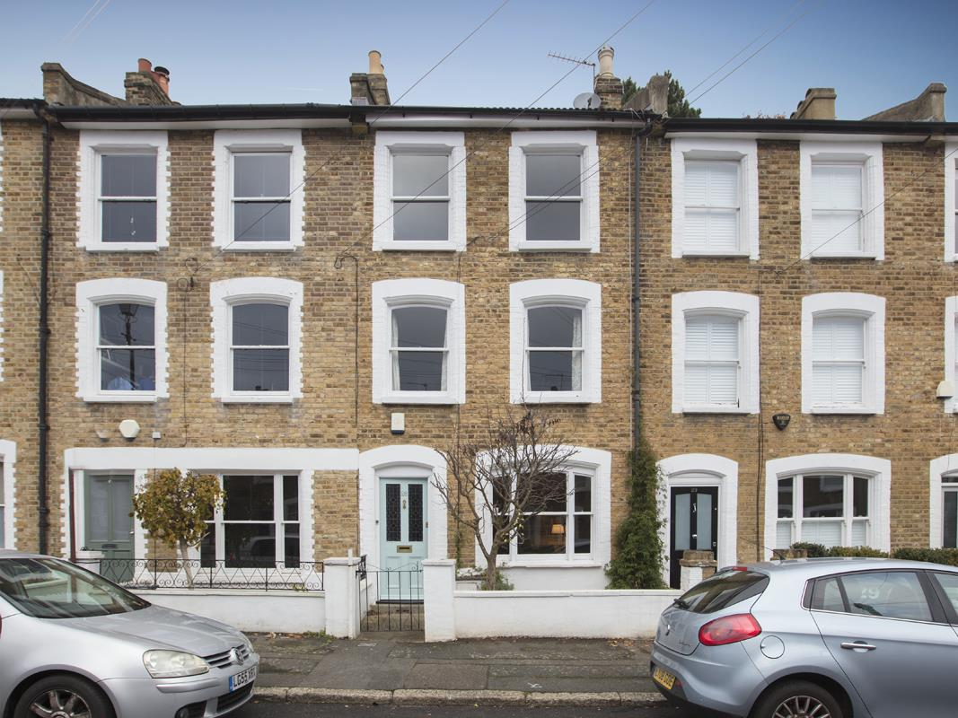 House - Terraced For Sale in Mount Ash Road, SE26 239 view1