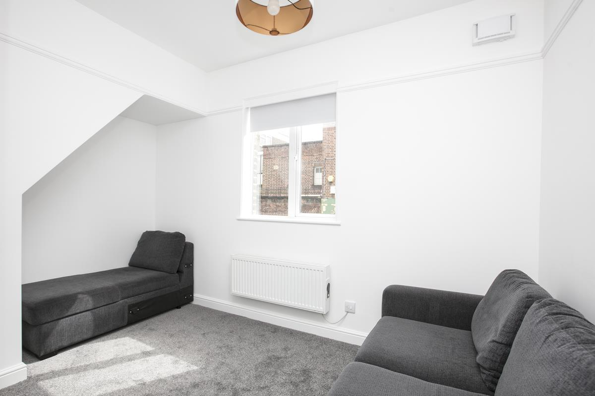 House - Terraced Sold in New Church Road, SE5 301 view4