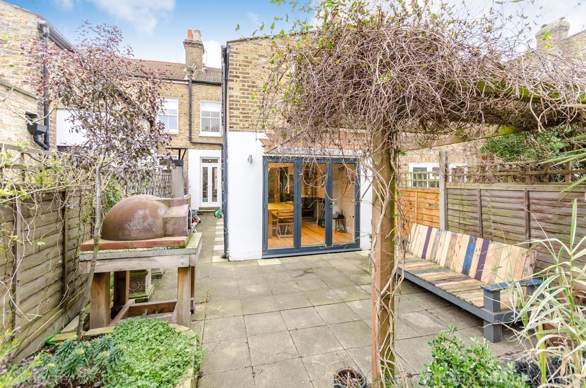 House - Terraced Sale Agreed in Nutbrook Street, SE15 264 view19