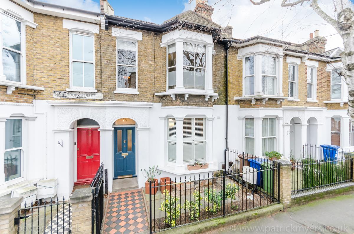 House - Terraced Sale Agreed in Nutbrook Street, SE15 264 view1