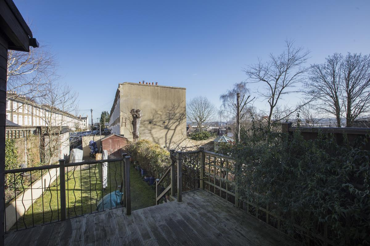 House - Terraced Sale Agreed in Panmure Road, SE26 271 view17