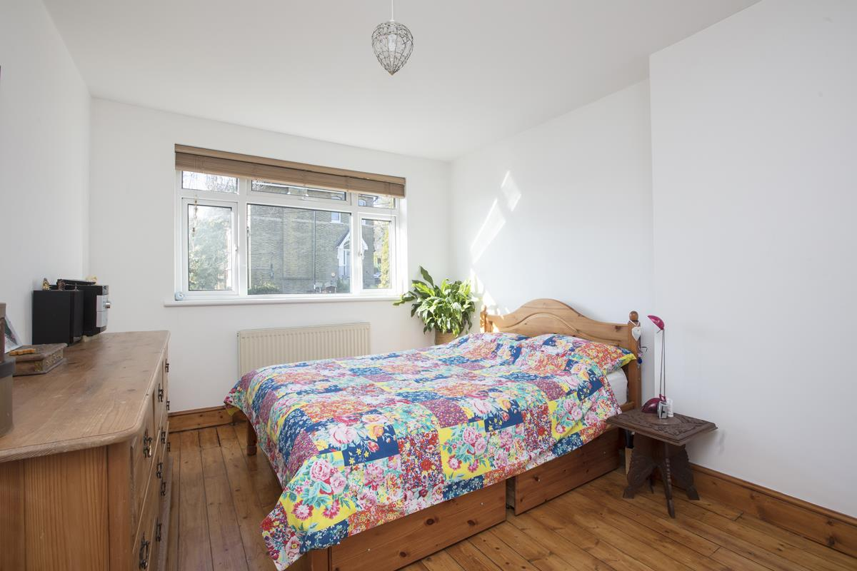 House - Terraced Sale Agreed in Panmure Road, SE26 271 view8