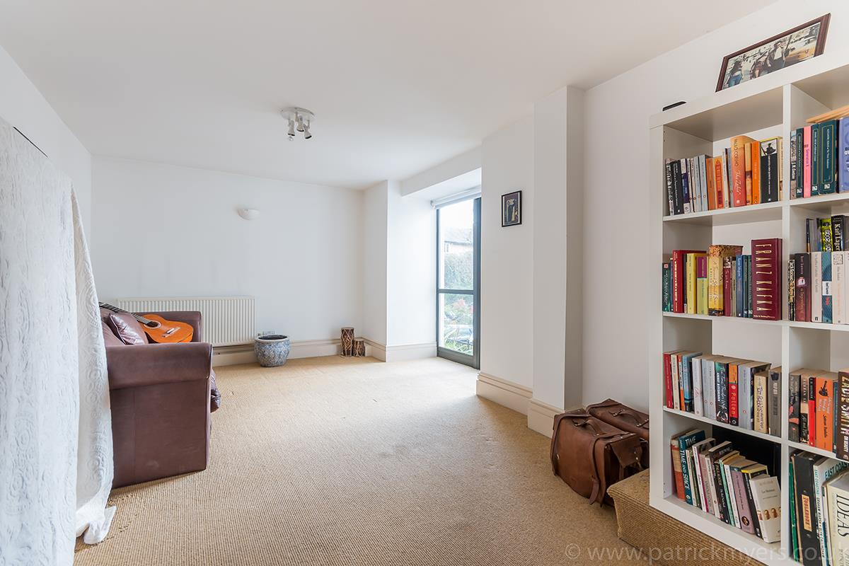 Flat/Apartment Sale Agreed in Peckham Road, SE5 44 view12