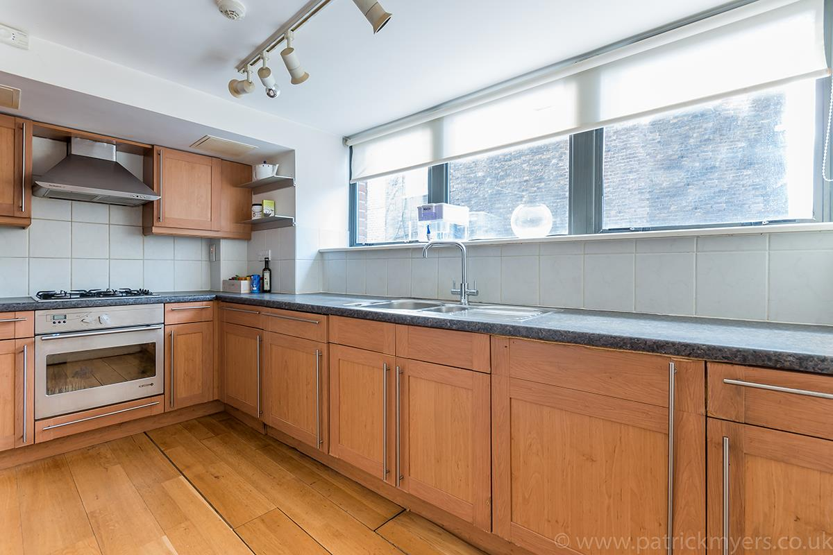 Flat/Apartment Sale Agreed in Peckham Road, SE5 44 view4