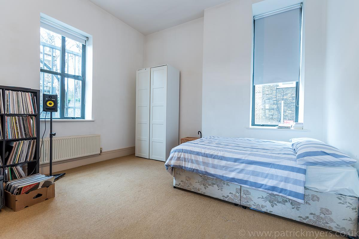 Flat/Apartment Sale Agreed in Peckham Road, SE5 44 view17