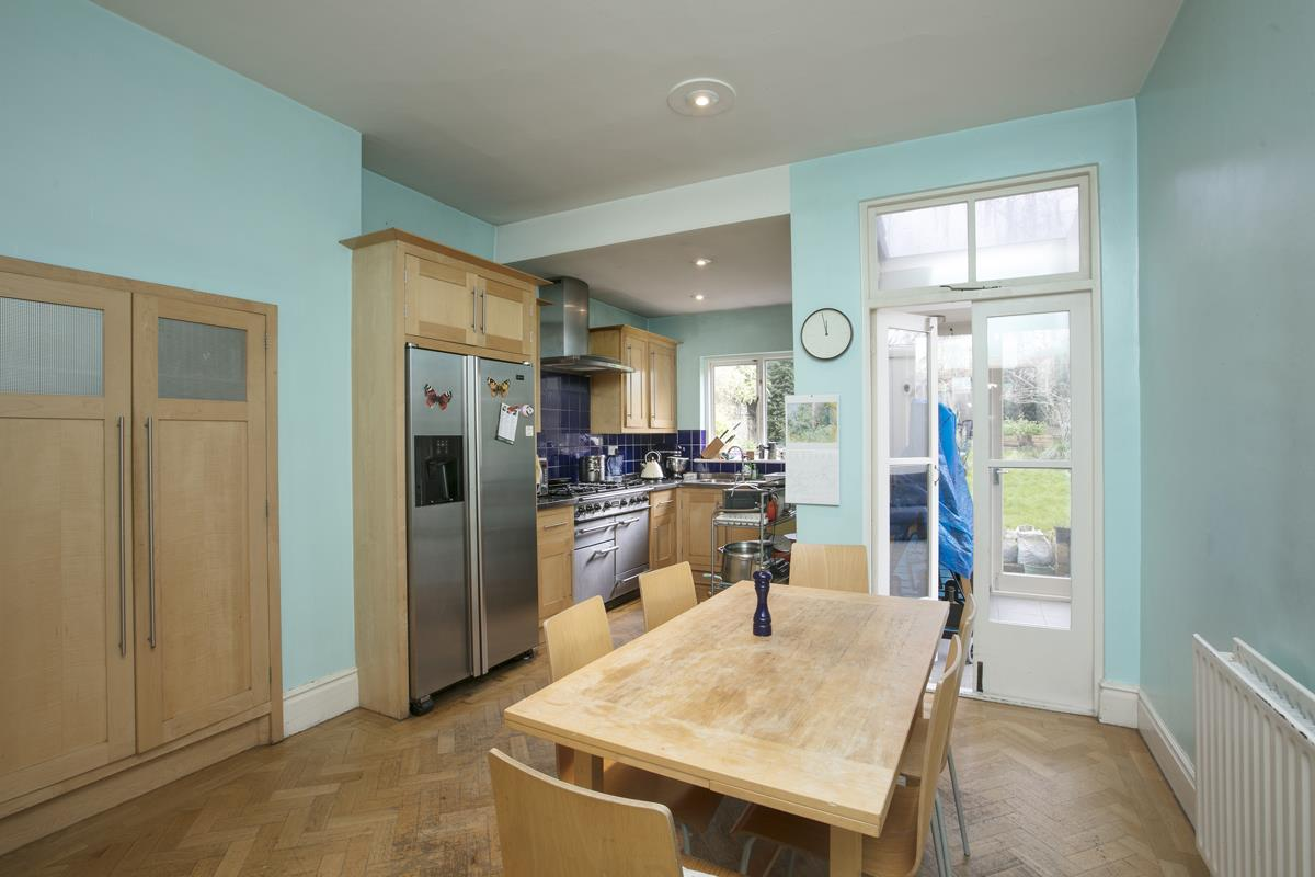 House - Semi-Detached For Sale in Perry Vale, SE23 302 view6