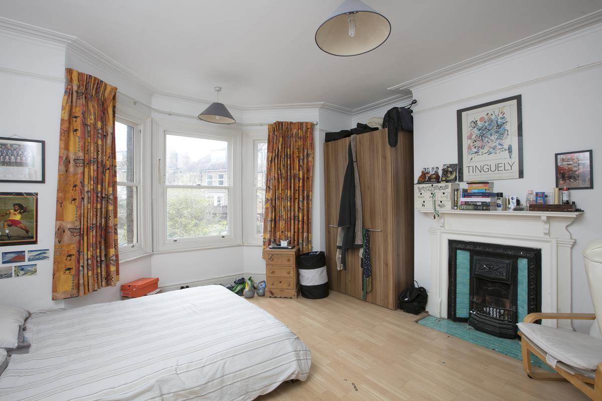 House - Semi-Detached For Sale in Perry Vale, SE23 302 view14